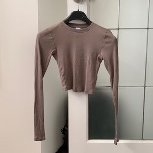 Aritzia turner taupe cropped ribbed long sleeve S